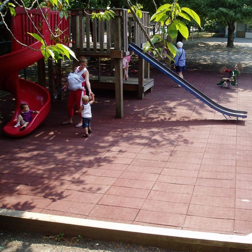 Playfall Playground Safety Tiles 2 X 2 4 Sq Ft